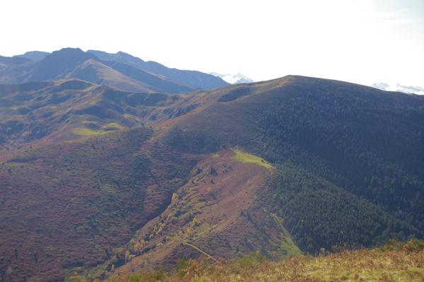 Le Pic d_Estibat et le Sommet des Griets, derrière, le Pic de la Journalade et le Pic des Trois Seigneurs