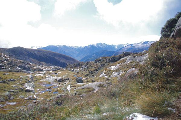 Le massif du Montcalm à l_horizon