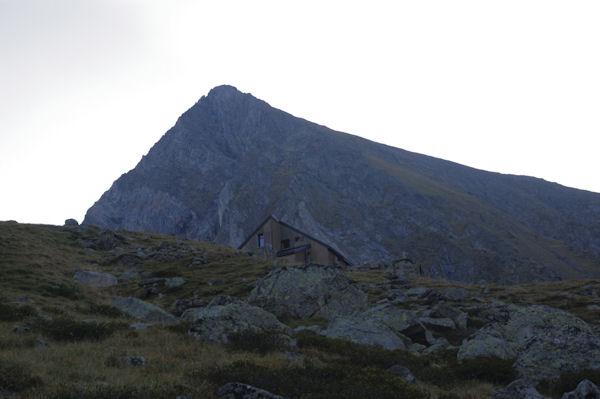 Le Mont Valier et le Refuge des Estagnous