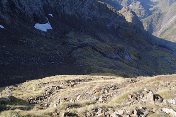 La montée vers le Col de Faustin au dessus du Vallon des Estagnous