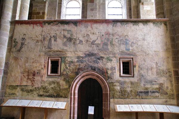 Peinture dans l_Abbaye de Conques