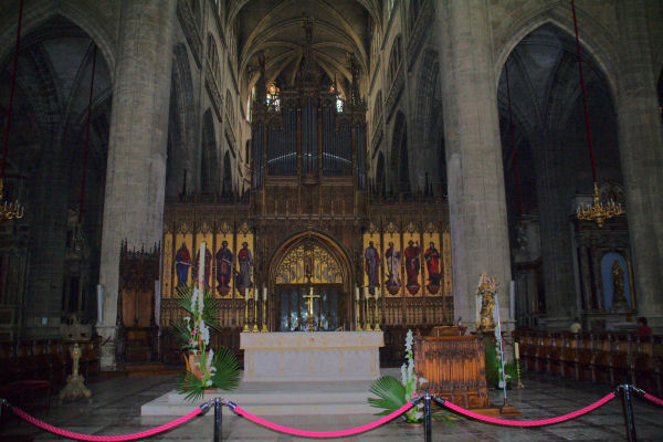L_Autel de la Cathédrale Ste Marie