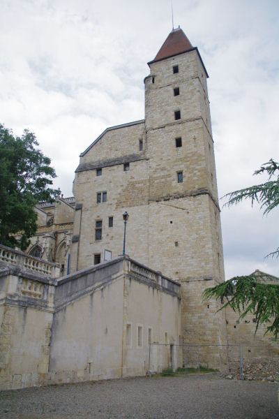 La Tour d_Armagnac