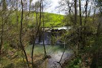 Une cascade sur le ruisseau de la Lauze