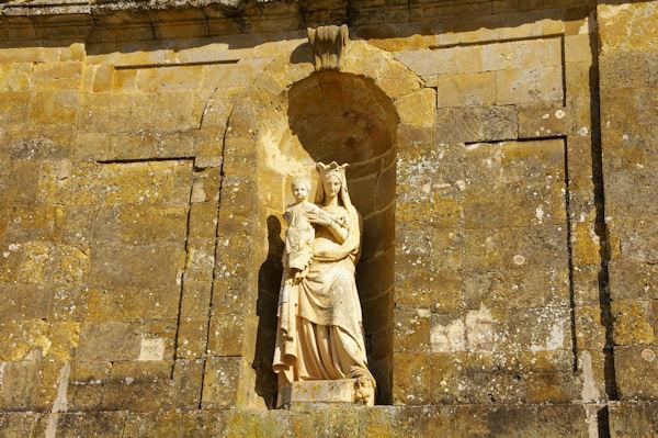 La Vierge et l_enfant au Monastère de Boulaur