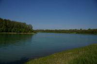 Vue du lac depuis l&#39anse du ruisseau de Luchon