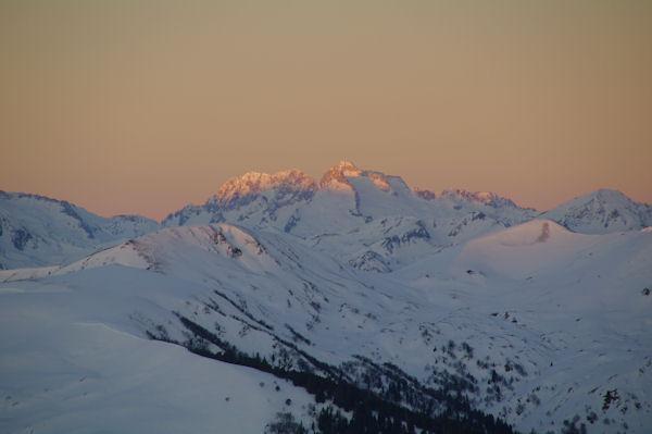 Le Turon de Néouvielle, le Pic des Trois Conseillers et le Pic de Néouvielle depuis le Cap de la Passade des Agnères