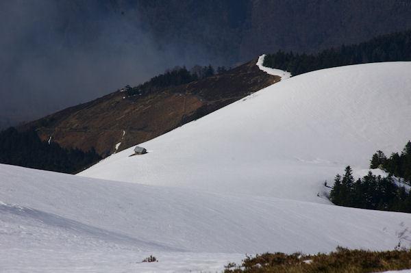 La cabanne du Plan de Bosc au dessus de vallon du ruisseau du Bois de Ayres