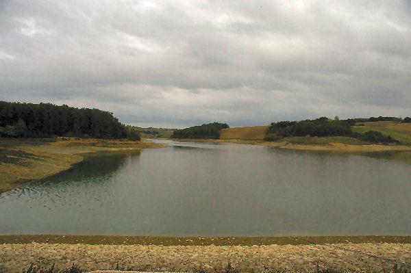 Le Lac de la Balerme depuis le barrage
