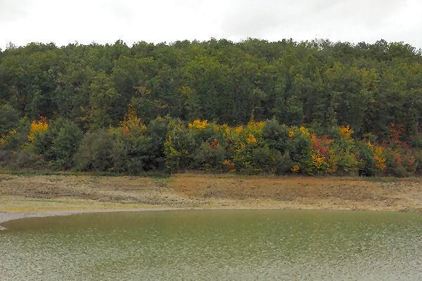 Le lac de la Balerme rive est