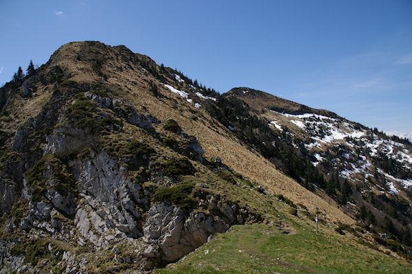 La brêche du Col du Pas de l&#39Ane, à droite, le Sommet des Parets