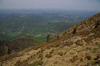 Le village de Juzet d&#39Izaut depuis les cretes du Pic de Cagire