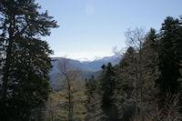 Au loin, le Mont Valier depuis le chemin menant au Refuge de Larreix