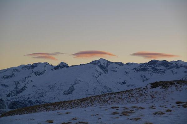 Coucher de soleil sur le Pic de Boum, Le Pic de Maupas et le Pic des Crabioules