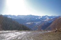 Les Pyrenees du Luchonnais depuis le vallon du ruisseau de Sacau