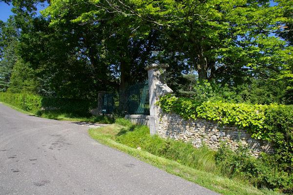 L_entrée du Château de la Nine