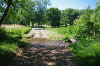 Passage a gue du ruisseau du Lavet de derriere