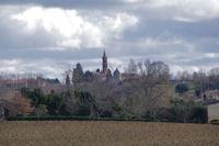 L'eglise et le moulin de Montbrun Lauragais