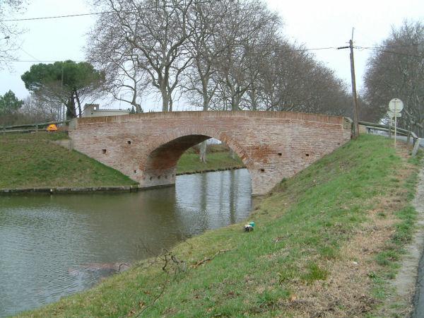 Le pont sur la D95 vers Donneville