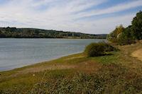 Le lac de Ste Foy de Peyrolieres