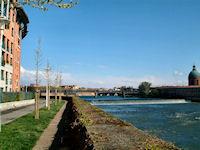 L'Hospice de La Grave et le Pont Neuf depuis les berges Garonne rive droite