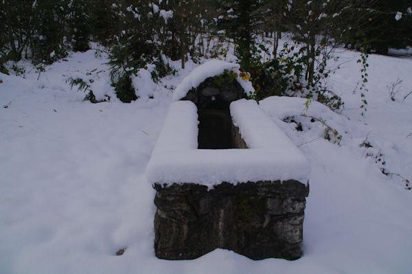 Une fontaine près de la Maison Forestière de St Jean de Jouéou