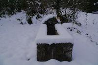Une fontaine pres de la Maison Forestiere de St Jean de Joueou