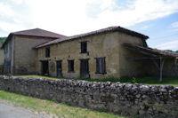 Jolie grange a Houeganac