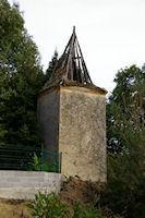 Une tour bien mal en point a St Thomas