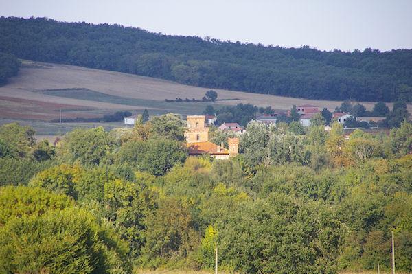 Le château de Bonrepos sur Aussonnelle