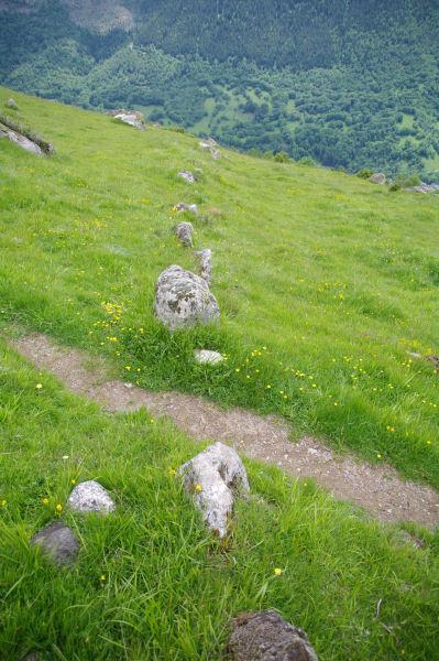 L_alignement de Peyrelade long de 270m