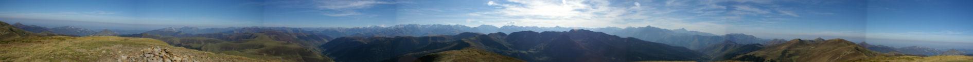 Au sommet du Mont Né