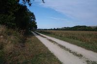 Le GR86 en bordure du Lanot dans la vallee de la Nere
