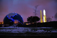 Ariane 5 et le Terradome a la Cite de l'Espace