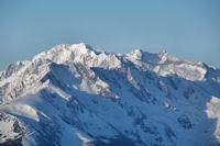 Pic de Campbieil, Pic d'Estaragne, Pic Badet et Pic Long depusi le Pic du Lion