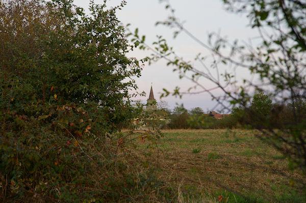 L&#39église de Rieumes est en vue depuis Gratte Cuq