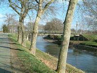 Le pont sur la D97C entre Borde Vieille et Borde Neuve
