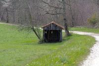 Une cabane au dessus de Courau