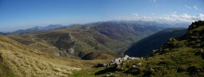 Panorama sur la vallee d'Oueil