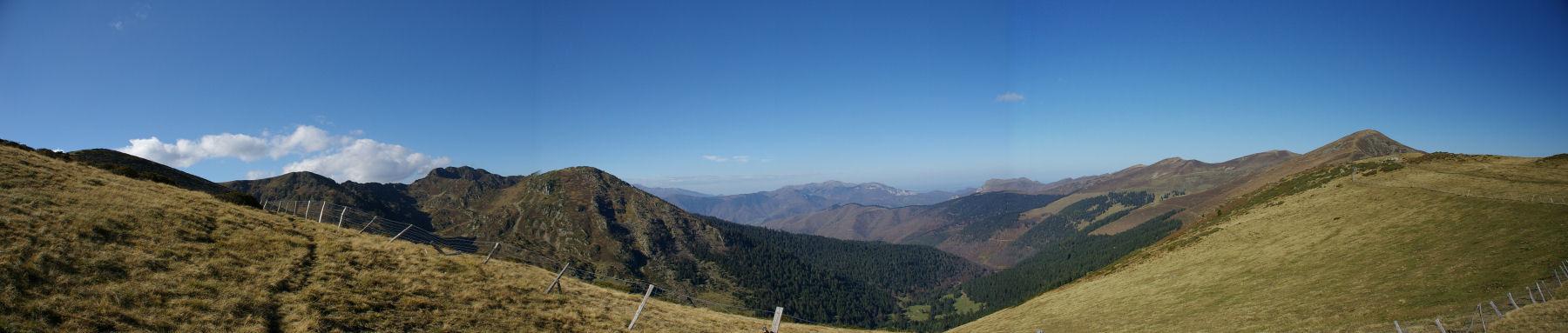 Panorama sur la vallée de Bareille