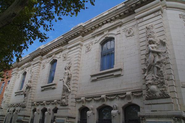 La façade des Beaux Arts, quai de la Dorade
