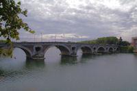 Le Pont Neuf sur la Garonne et le Chateau d'Eau