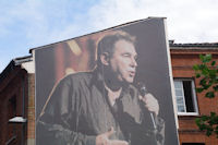 Claude Nougaro a l'affiche, rue Pargaminieres