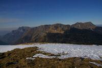 Le Pic du Gar, le Pic de l'Escalette et le Pic de Cagire depus le sommet du Tuc de l'Etang