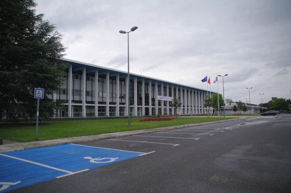 Les Batiments Administratifs à l_Université Paul Sabatier