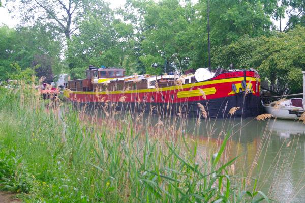 Le Canal du Midi peu après Port Sud