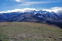 Le Pic Arrouy, derriere, le Pic de la Hourgade, depuis le Cap de Hont Nere