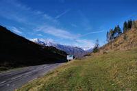 La vallee du ruisseau de Bayet depuis le Col de Peyresourde