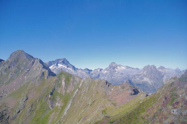 Soum de Bassia du Hoo, Balaïtous, Palas, Lurien et même le Pic du Midi d_Ossau