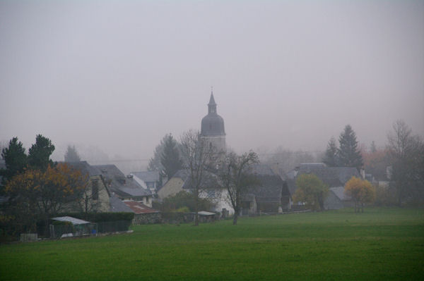 Arrens dans la brume